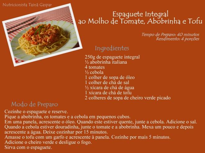 Espaguete ao Molho de Tomate, Abobrinha e Tofu