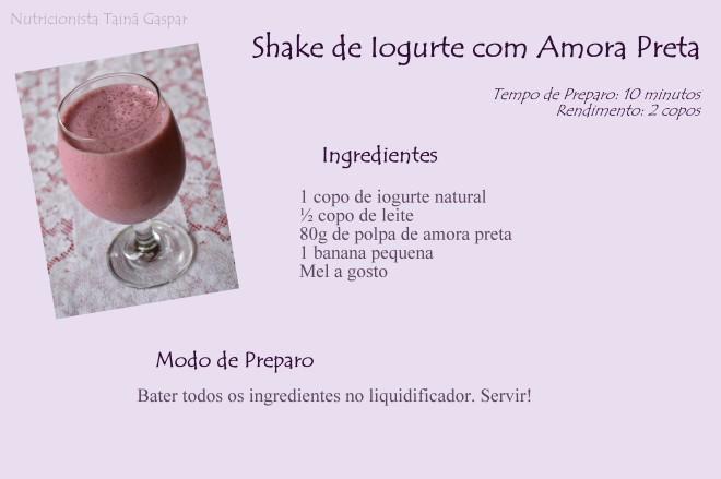 Shake de Iogurte com Amora Preta